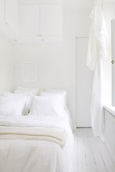 life as a moodboard: all white apartment | SCANDINAVIAN STYLE