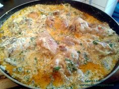 Pui cu smantana la tigaie Low Carb Recipes, Healthy Recipes, Healthy Food, Romanian Food, Romanian Recipes, Sour Cream Chicken, Good Food, Yummy Food, Food To Make