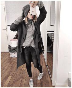 """342 mentions J'aime, 9 commentaires - Shop AUDREYLBD (@shopaudreylbd) sur Instagram : """"MANTEAU réversible « CHICAGO » #shopaudreylbd // Disponible sur www.shopaudreylbd.com ...…"""""""