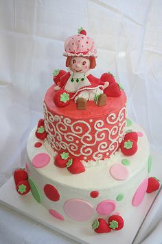 Pretty Strawberry Shortcake cake