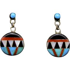 -Vintage early Zuni inlaid silver earrings -Turquoise, onyx, coral, mother of pearl (MOP) -Beautifully made but no makers markings -Great vintage