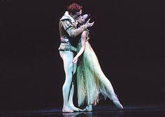 Edward+Watson+Ballet | ... Ballet - Ondine - April 2005 :: jr_rb_ondine_watson_yoshida_kiss_500