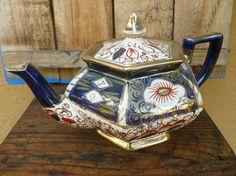 Wonderful Antique Porcelain Teapot. Antique Kettle. English