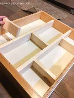 Super Easy DIY Drawer Divider Insert is part of Drawer Organization Dividers - Custom and removable wooden DIY drawer divider inserts to help keep the chaos contained Turn a junk drawers into a clean, organized space! How To Make Drawers, Diy Drawers, Dresser Drawers, Kitchen Drawer Dividers, Kitchen Drawer Organization, Organizing Drawers, Craft Closet Organization, Organization Ideas, Storage Ideas
