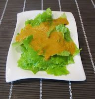 Otaku Family: Salat mit Ingwer-Karotten Dressing
