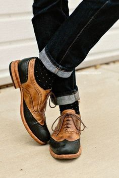 Apparently these are Corsico oxfords. And I want them.