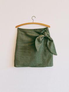 Esme Wrap Tie Front Skirt Digital Pattern // UK 4-24 US 0-20   Etsy Tie Skirt, Print Layout, Pdf Sewing Patterns, Digital Pattern, Pattern Paper, Pattern Fashion, Small Gifts, Linen Fabric