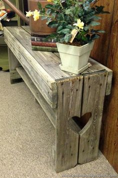 Pallet Bench More