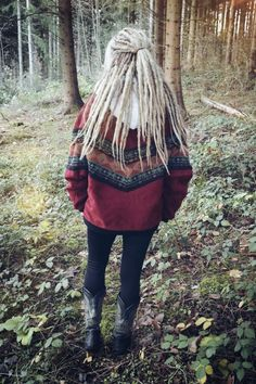 Ameli dreads for Leonie https://www.facebook.com/shorthaircutstyles/posts/1720107731613000