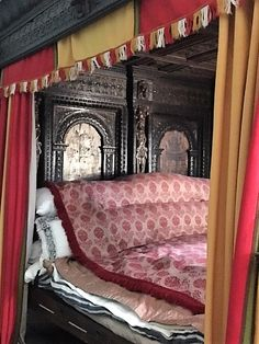 Victoria and Albert Museum Great Bed of Ware