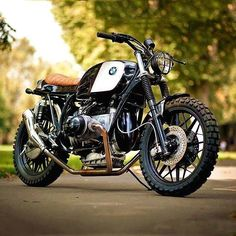 Not sure who's this is or where it comes from but we've been drooling over this one all morning. Cheers to the creator  . #BMW #beemer #boxer #aircooled #bmwmotorcycles