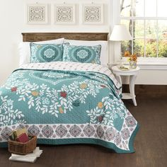 Piper Reversible Quilt Set