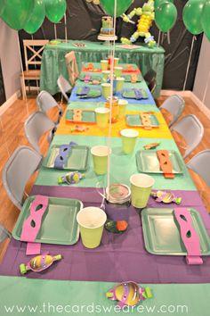 New Birthday Table Teenager Ideas Turtle Birthday Parties, Happy Birthday Dog, Ninja Turtle Birthday, Ninja Turtle Party, Girl Birthday Cards, Birthday Party Tables, Superhero Birthday Party, 5th Birthday, Teenager Birthday