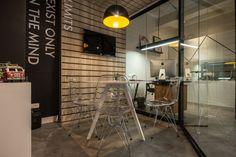 Saffron Brazil office by Wense Andrade, Foggiatto and Samuel Assunção, São Paulo – Brazil » Retail Design Blog