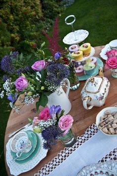 Vintage crockery, cutlery, glassware, accessories and vintage caravan hire for weddings, tea party, garden party and photoshots