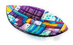 Helios Email, July 2015 - Artist is Sarah Romer Slumped Glass, Fused Glass Plates, Fused Glass Art, Stained Glass, Bowl Designs, Fenton Glass, Glass Mosaic Tiles, My Glass, Glass Design