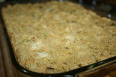 Southern Cornbread Dressing (Stuffing) A traditional southern cornbread dressing, made with crumbled cornbread and toasted crumbled bread.A traditional southern cornbread dressing, made with crumbled cornbread and toasted crumbled bread. R Cafe, Deep South Dish, Deep Dish, Stuffing Recipes, Sausage Stuffing, Turkey Stuffing, Turkey Brine, Turkey Gravy, Roasted Turkey