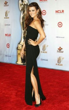 How big of a fan are you of Cote de Pablo? Big enough to know her bra size and measurements? In honor of one of the greatest up-and-coming ladies in Hollywood, here are the 20 sexiestCote de Pablopictures, videos and GIFs, ranked by hotness.TheseCote de Pablopics were taken from a variety of different sources, including numerous promotional and magazine photoshoots. Together, they form a curated image gallery containing all the hottestCote de Pabloimages available from around the Web.