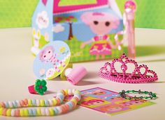 My little girl has been asking to have a Lalaloopsy birthday for 6 months now.