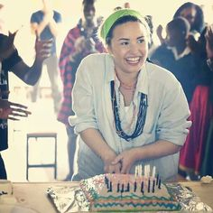 Demi Lovato in AFRICA for her 21st birthday. She's doing charity work there. You know, instead of the usual 21 birthday thing, drinking. I LOVE U DEMI!!!!