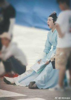 are u tired hah? Ver Drama, Memes, Cute Asian Guys, The Grandmaster, Chinese Boy, Drama Movies, Fujoshi, Chanbaek, Live Action