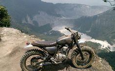 We love this style of bike from ➡@buildandwild⬅ The Yamaha Scorpio 225. And sure as hell would love to ride it to the place pictured in this photo. Tag a mate you would ride with #moto #japstyle #bratstyle #scrambler #tracker #buildandwild #offroad #motorcycle #dirtbike #intothewild #streettracker #buildyourown #2wheelfun #classic #classicbikes #custom #custombike #bikeporn #bikelife #bikesofinstagram by banditmoto http://overboldmotor.co
