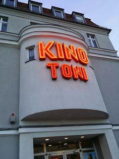 Kino toni, cinema, toni