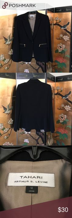 TAHARI Blazer NWOT , Size 12 black Blazer, Excellent condition. Can be worn as a suit, with jeans or a skirt. Very classy Tahari Jackets & Coats Blazers