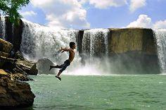 Dray Nur Waterfalls - Vietnam