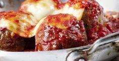 Boulettes de poulet et parmesan dans une sauce marinara - Recettes - Ma Fourchette