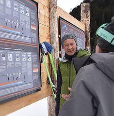 LVS Workshop in der Freeride Base Laax - mit Marcel Würger von der Firma Girsberger Mountain Rescue Technology