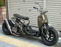 Honda Ruckus mod. I would love to get one of these an mod it like this.