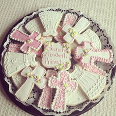 Christening Cookies but instead of pink, blue!