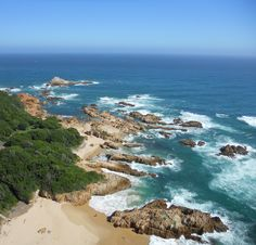 Knysna Heads, South Africa Mais Cool Places To Visit, Places To Go, Travel Around The World, Around The Worlds, Knysna, Red Sea, Capital City, Saudi Arabia, Amazing Nature