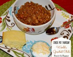 This Crockpot Chili is my very favorite chili of all-time. It has both beef and pork in it, and the mix of spices and peppers adds a wonderfully complex flavor. Best Crockpot Recipes, Crockpot Dishes, Slow Cooker Recipes, Beef Recipes, Soup Recipes, Dinner Recipes, Crockpot Meals, Vegetable Soup Healthy, Slow Cooker Chili