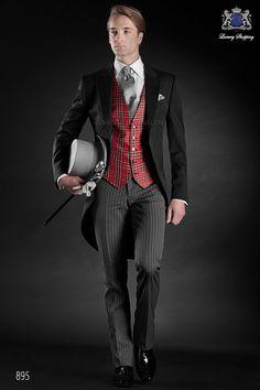Traje de novio chaqué italiano a medida levita negra sin corte trasero, pantalón rayas diplomáticas, modelo 895 Ottavio Nuccio Gala colección Gentleman 2015.