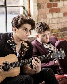 Bradley Simpson, Somebody To You, Bradley The Vamps, Will Simpson, Celebs, Celebrities, Good Looking Men, Boy Bands, How To Look Better