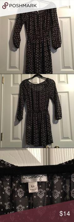 Olsenboye chiffon style tunic. This is a beyond gorgeous black and white chiffon style tunic dress. Olsenboye Tops Tunics