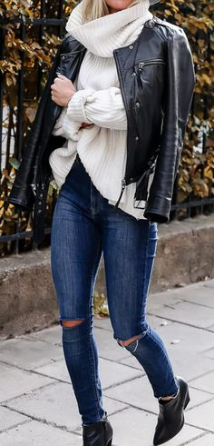 Hat and jeans from Lindex | Boots from H&M | Knit from Tigermist | Leather jacket from Modström | watch from Triwa