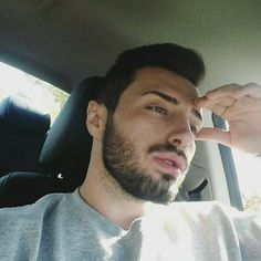 RT @MarioPalush: going to a drive in to watch a movie with my boo that really isn't my boo but is my boo would be nice