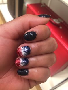 Fourth of July themed Gel nail manicure with glitter ombré.