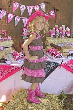 Hostess with the Mostess® - Tessa's Cowgirl Party :: bandanas tied up