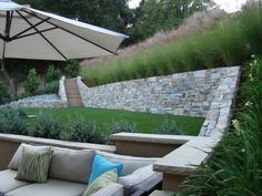 Lovin' angular retaining walls
