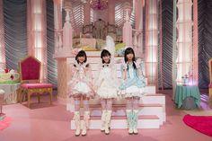 AKB48 Team Surprise 2nd Stage 2014 M06. Youchien no Sensei (幼稚園の先生) : Sashihara Rino, Watanabe Mayu, Watanabe Miyuki
