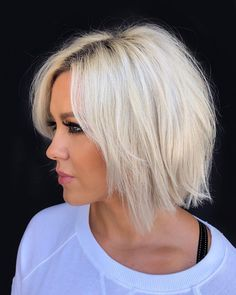 How To Style The Best Iconic Short Bob Haircuts For Beautiful Woman ? - Page 35 of 49 Bob Haircuts For Women, Short Layered Haircuts, Short Hairstyles For Women, Short Hair Cuts, Short Hair Styles, Pixie Haircuts, Pixie Hairstyles, Sassy Haircuts, Ponytail Styles