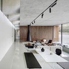 Beijing-based MDDM Studio has extended a house near the Great Wall of China by transforming a nearby storage unit into minimalist living… Asian Home Decor, European Home Decor, Retro Home Decor, Budget Home Decorating, Interior Decorating Styles, Wall Design, House Design, Modern Apartment Design, Homemade Home Decor