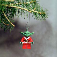 Yoda Claus LEGO ornament. $12.00, via Etsy.