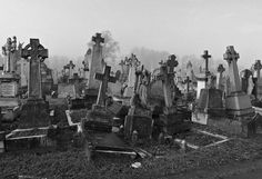 i love photographing cemetaries fotography