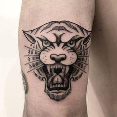 🌊Healed Samy tattoo designs ideas männer männer ideen old school quotes sketches Black Ink Tattoos, Leg Tattoos, Body Art Tattoos, Small Tattoos, Tattoos For Guys, Sleeve Tattoos, Cool Tattoos, Tattoo Life, Tattoo Blog