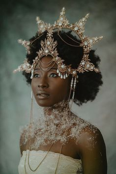Black Power, Black Girl Aesthetic, Angel Aesthetic, Arte Floral, Black Is Beautiful, Beautiful People, Headpiece, Headdress, Fascinator Hats